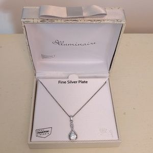 Silver plated pendant with chain